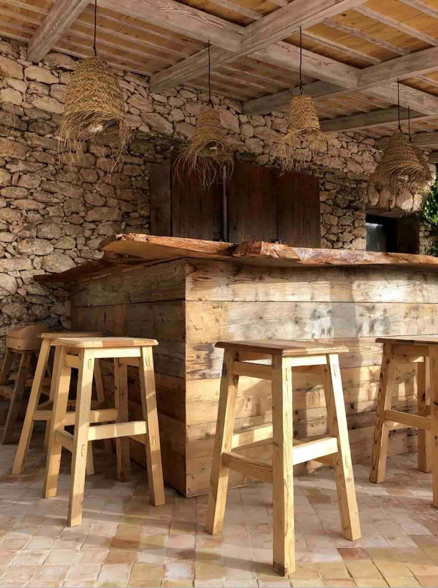 Aménagement bar en bois Maroc